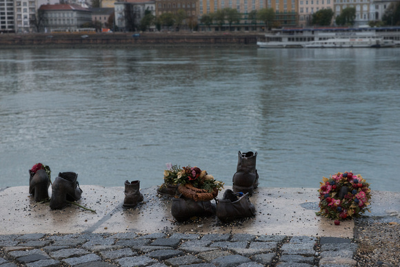 Budapest - the Shoes on the Danube memorial